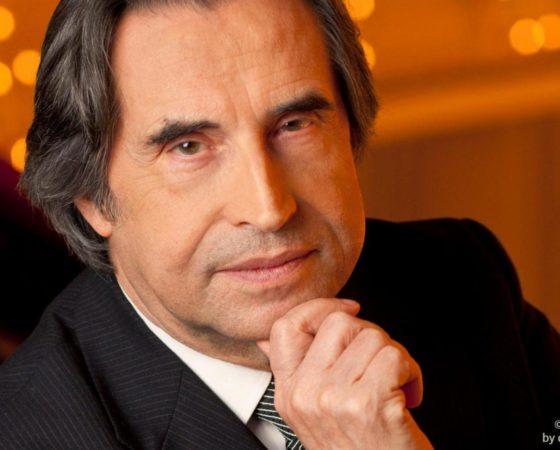"""Montaggio opera """"Così fan tutte"""" – diretta da Riccardo Muti – regia Chiara Muti"""